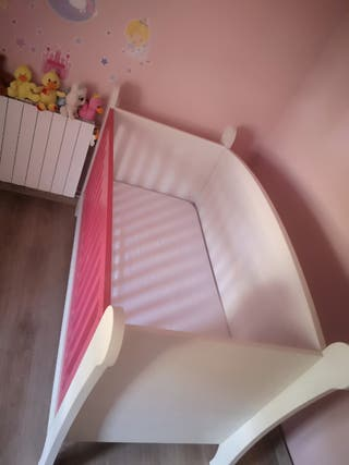 Cuna y armario para bebe_infantil