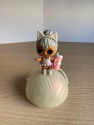 Muñeca LOL Surprise Kitty Queen