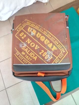 "mochila para portátil hasta 17"""