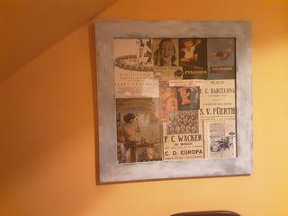 Marco antiguo restaurado con publicidad vintage