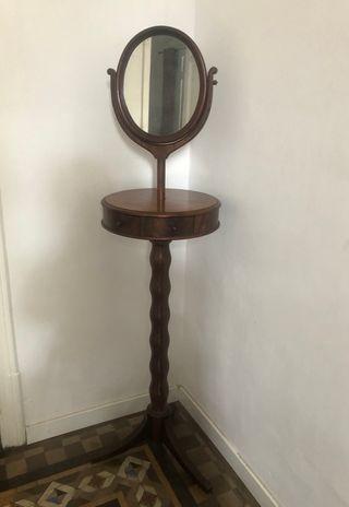 Espejo de madera antiguo / retro de pie basculante