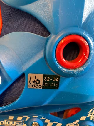 Kids inline skates and protective gears