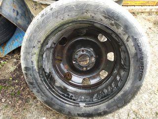 rueda con llanta 205 55 16 91V