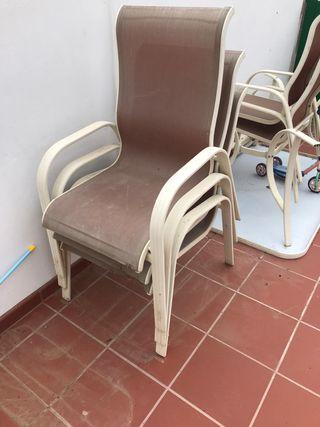 vendo mesa y silla de consulta medica blancas