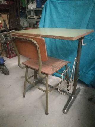 mesa estudio antigua