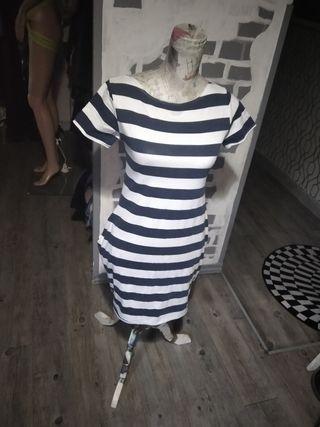 vestido playero.