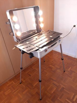 Tocador de maquillaje / camerino portátil Cantoni