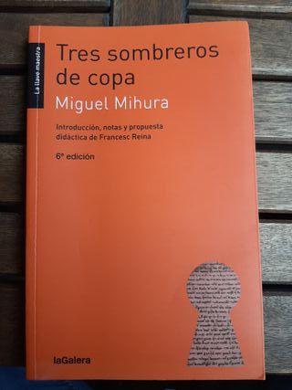 """Libro """"Tres sombreros de copa"""""""
