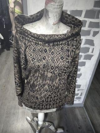 jersey marrón y negro