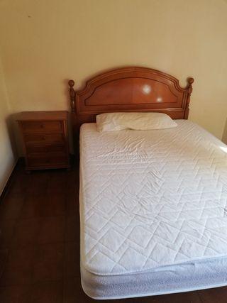 Dormitorio excelente madera y calidad