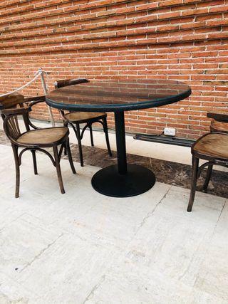 Vendó mesas de madera
