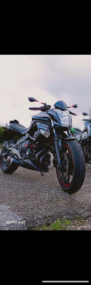 Kawasaki ER6N 2011