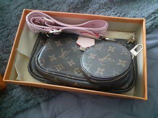 louis Vuitton multi pouch bags