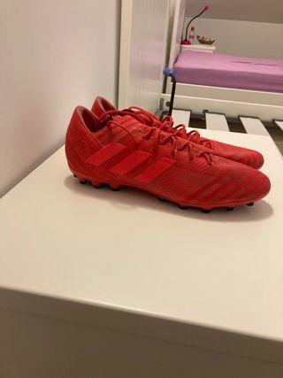 Botas de futbol cesped artificial talla 44.5