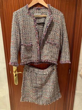 Conjunto tipo Chanel de chaqueta y falda