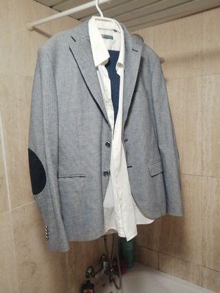 Conjunto Pantalón, camisa blanca y chaqueta
