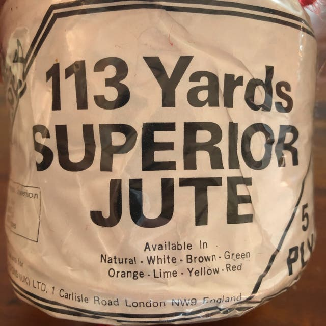 113 Yard 5 Ply Red Jute Roll New