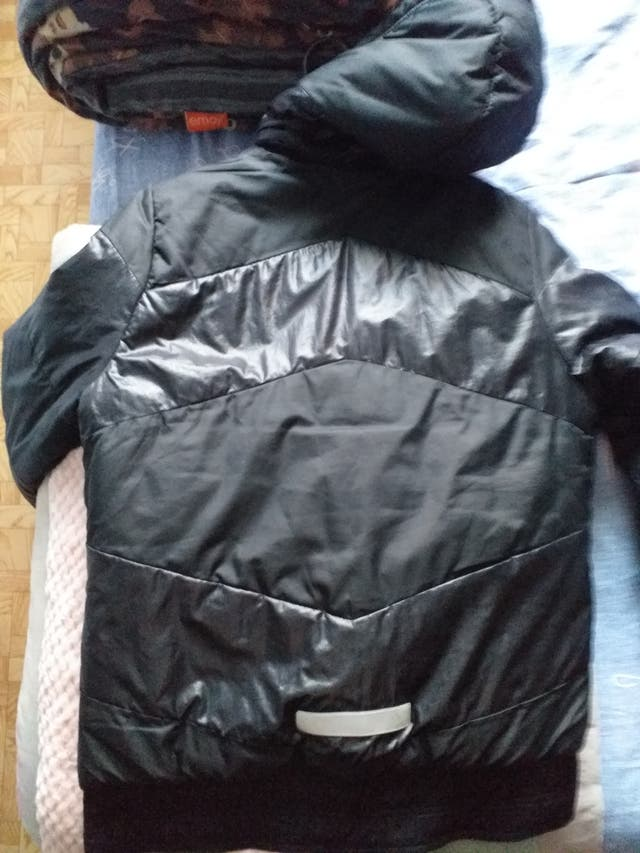 Manteau Adidas taille 14,15ans