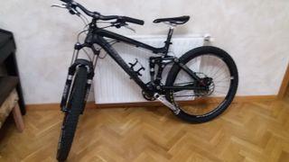 Bicicleta MTB TRECK FUEL EX 8. Doble suspensión