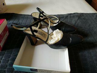 zapatos de tacón azul Antonio Parriego