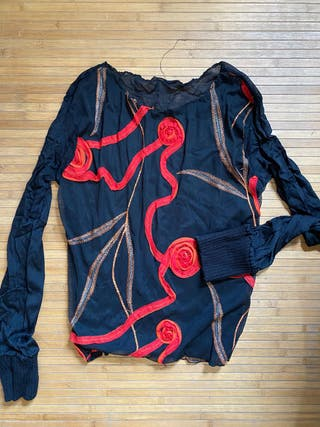 Blusa transparente estilo desigual
