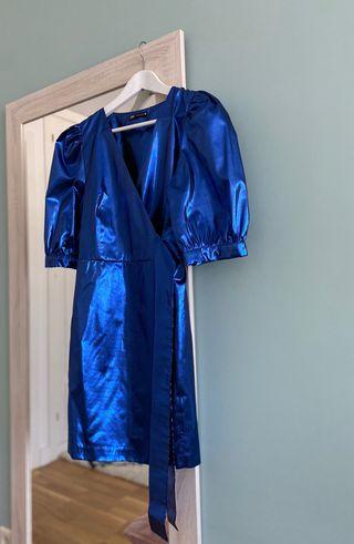 Vestido manga abullonada de Zara