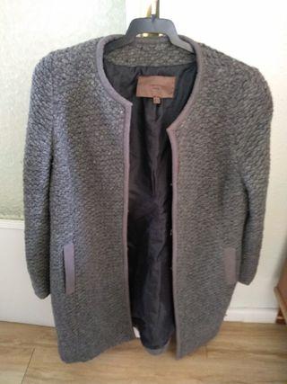 abrigo Cortefiel talla L 3 €