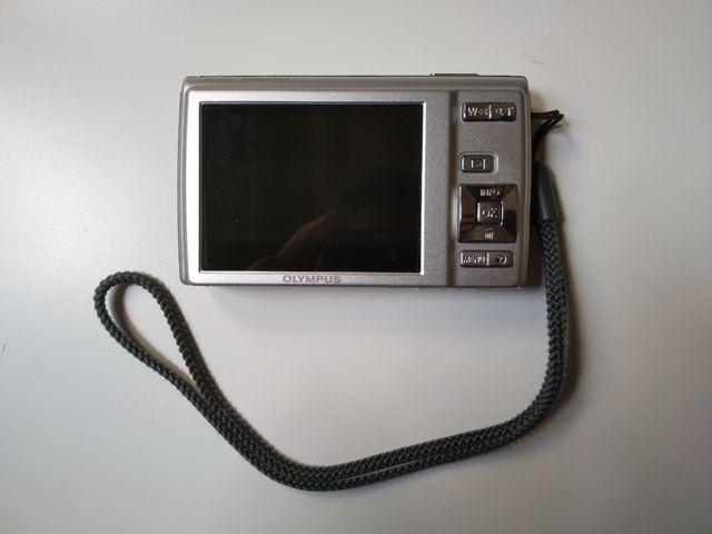 Cámara digital compacta Olympus, 14 megapixels