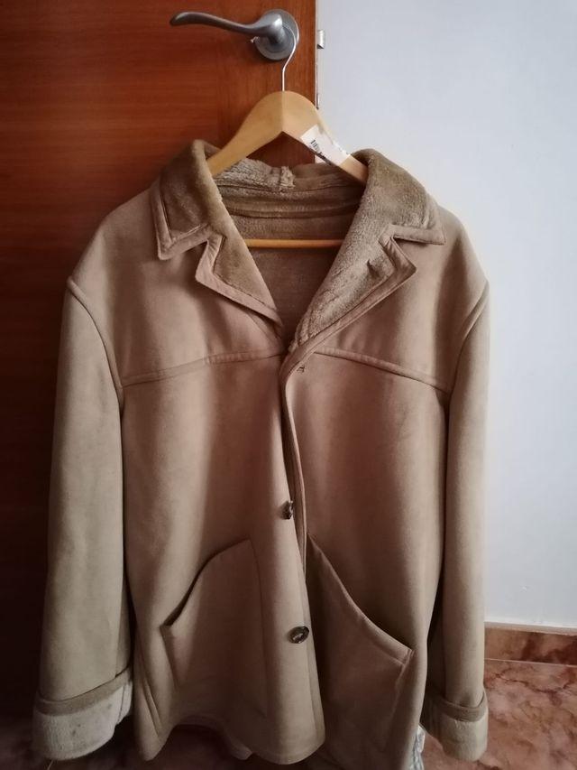abrigo de piel XL. ZARA