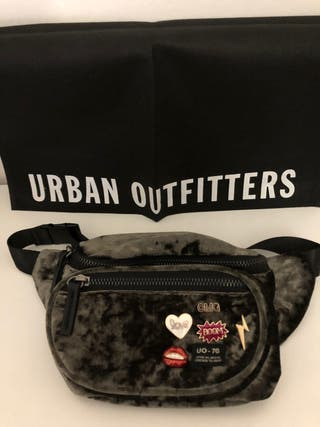 Riñónera Urban Outfitters