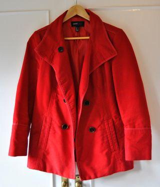 Abrigo rojo talla M - Mango