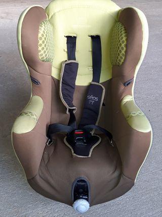 silla auto + funda protectora.