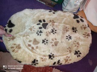 cojín perro camita
