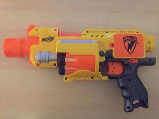 Pistola Nerf N-Strike Barricade