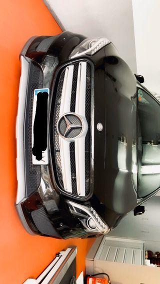 Mercedes-Benz GLA 4MATIC AMG LINE