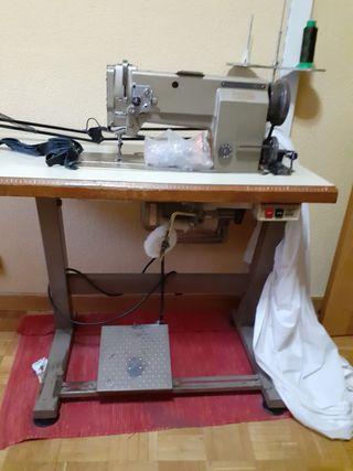 Máquina de coser Mitsubishi LU2-400