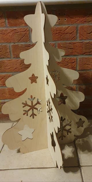 Laser cutting Christmas tree DIY