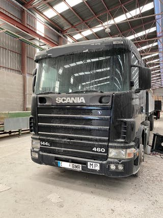 Camion Scania 460 144L 2002