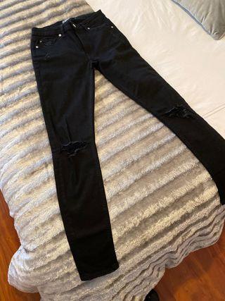Pantalon negro NUEVO