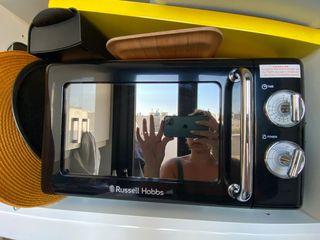 Russell Hobbs microondas - usado