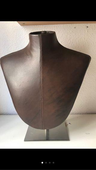 Expositor para collares