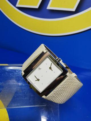 Reloj pulsera femenino CALVIN KLEIN K04201