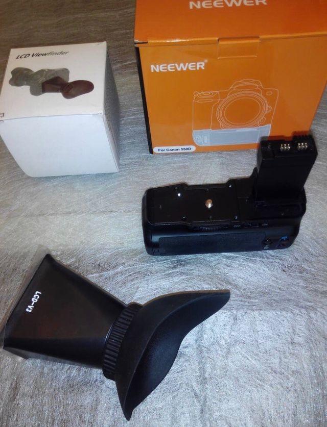 Cámara Canon 700D + dos objetivos + accesorios