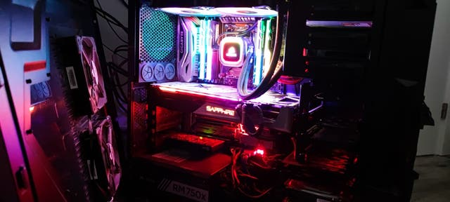 PC Sobremesa profesional AMD RYZEN THREADRIPPER