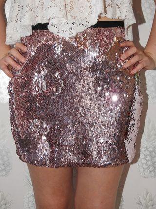 Sequinned pink mini skirt
