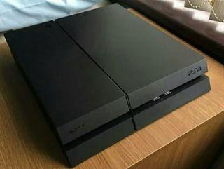 PS4 500gb con mando y 7 juegos