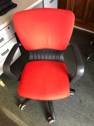 Silla ergonómica de escritorio o oficina