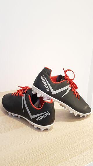 Botas de futbol cesped artificial