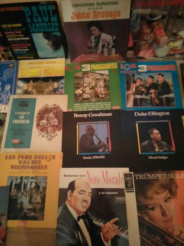 28 discos de coleccion se vende junto no separado