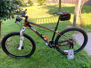"Bicicleta MTB KTM AERA carbono ""NUEVA"""